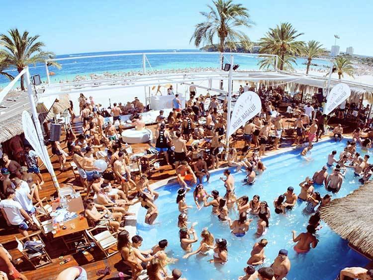 Magaluf-beach-party