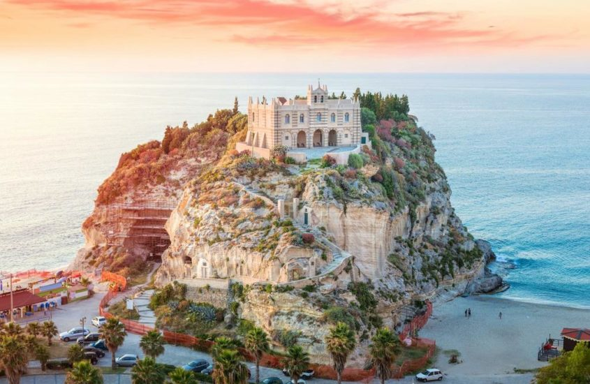 Calabria-Tropea: kedvező árak, remek strandok, kitűnő gasztronómia