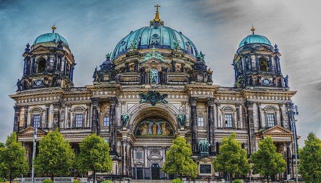 Kiruccanás Berlinbe